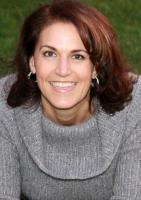 Dr Gina